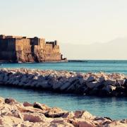 Castello al mare a Napoli