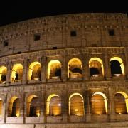 Il Colosseo di notte a Roma