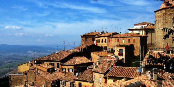 Villaggio costruzione collina case, Toscana